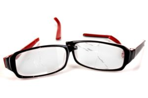 4 Tips for Taking Care of Your Eyeglasses